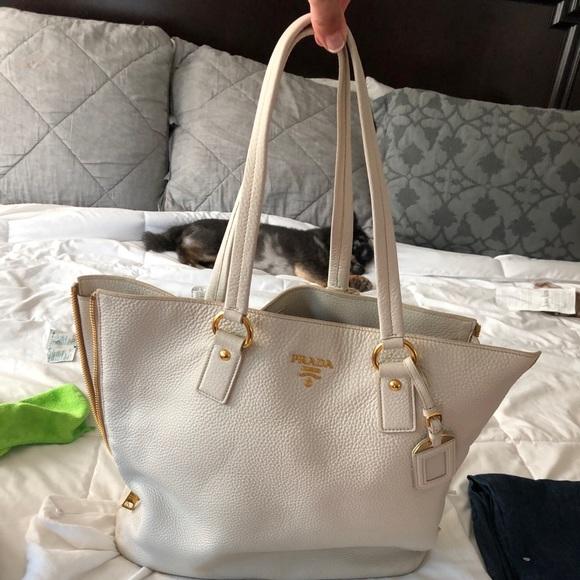 b7025aee7aeb Prada Bags | Side Zip Shopper Tote Vitello Daino Large | Poshmark